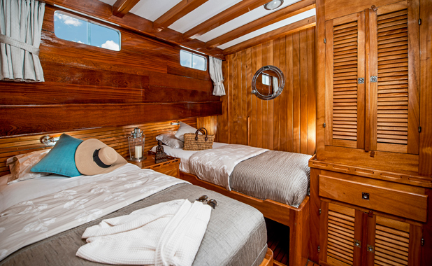 Book a cabin on a sailing charter in Greece