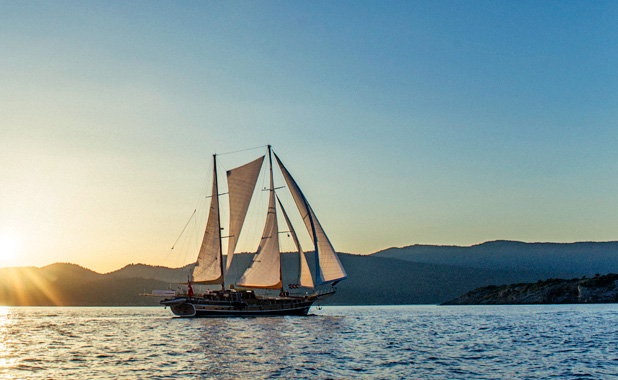 Private cruise vacations Europe and Greek islands